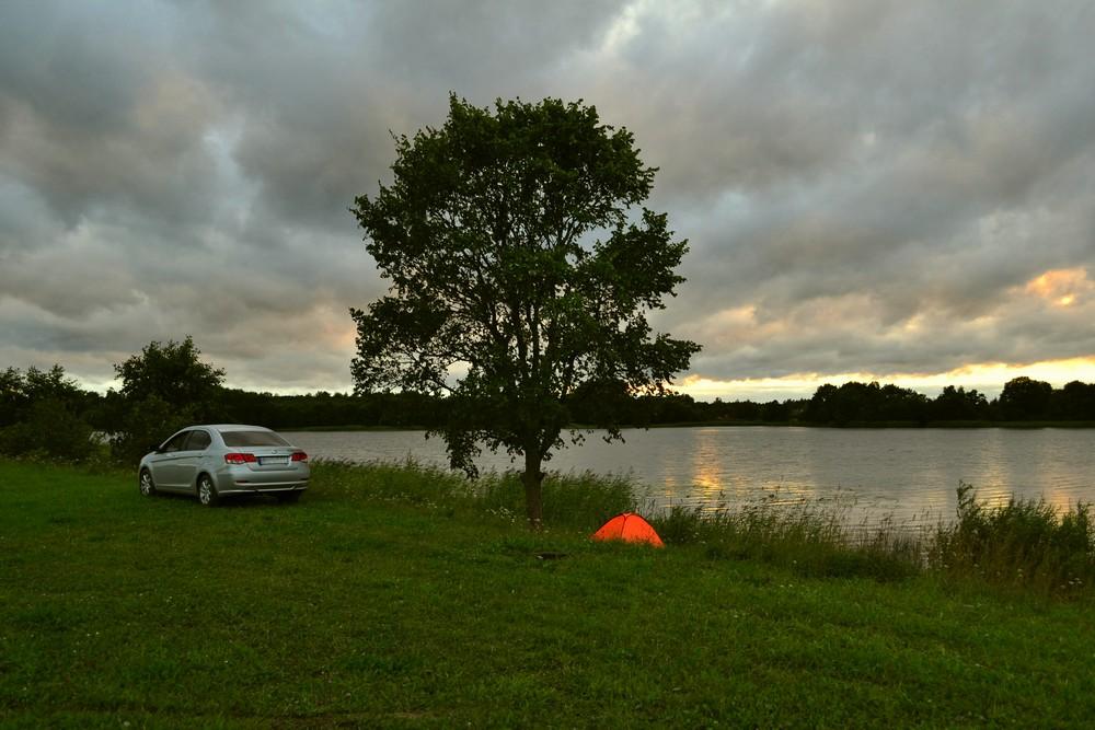 Ночёвка на озере в Беларуси