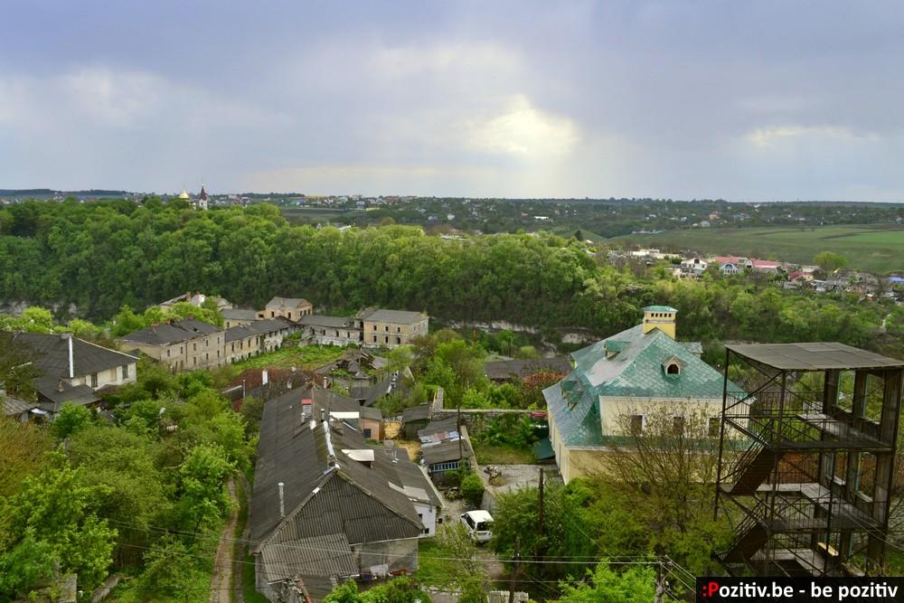 Каменец-Подольский, Старый город, казармы крепости