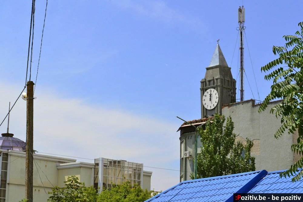 Генические городские часы