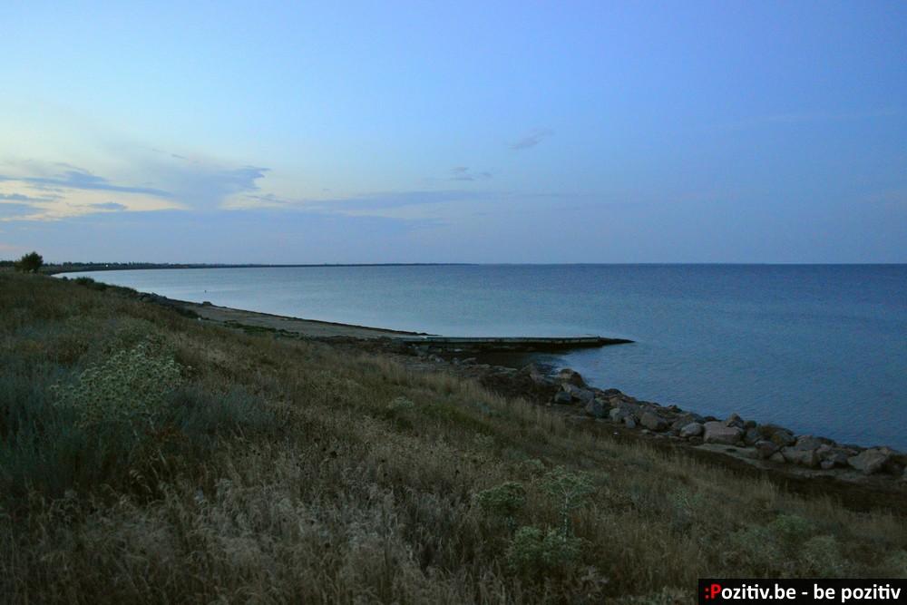 Геническ, вечернее море