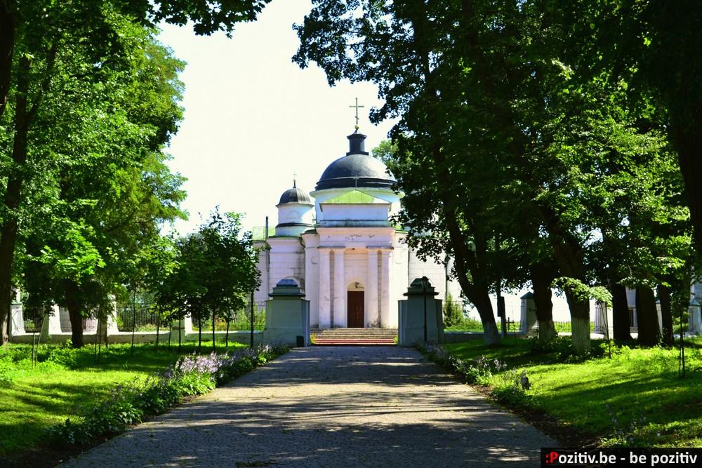 Качановская усадьба, церковь